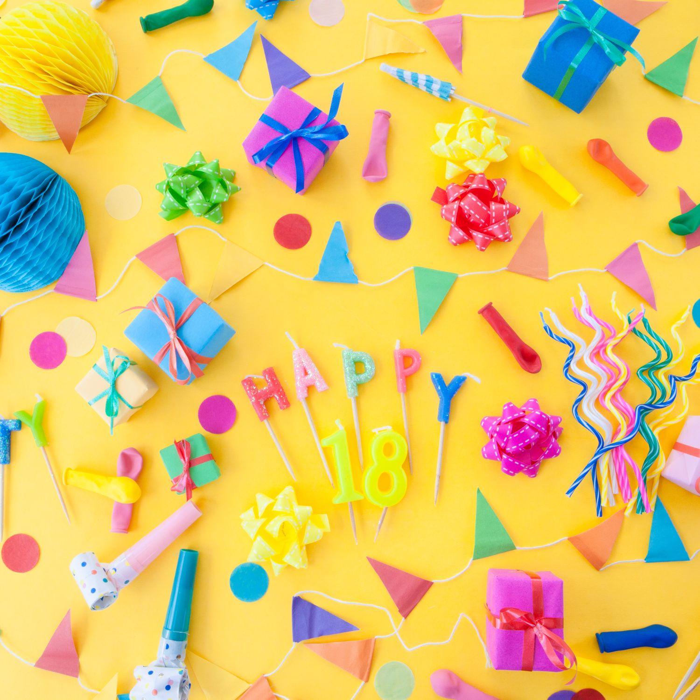 Colorful Mix />    </div>       <!-- DETAILS -->     <div class=